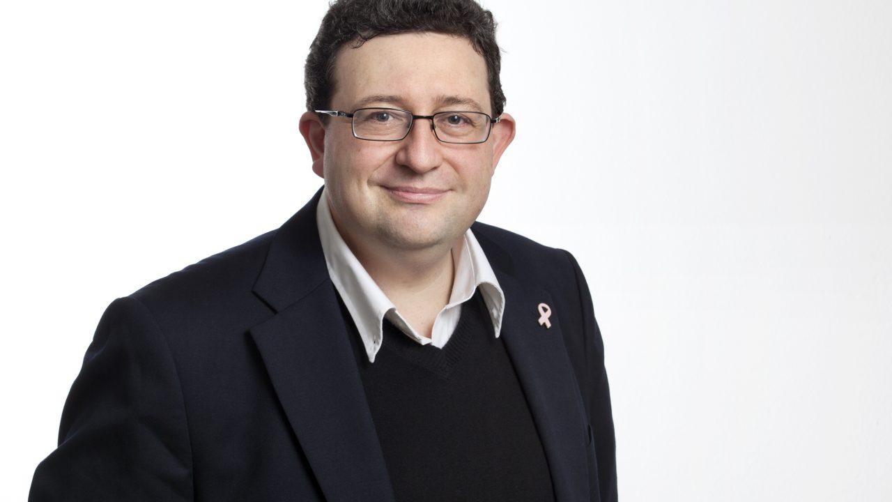 Biography Dr. David Kuczer